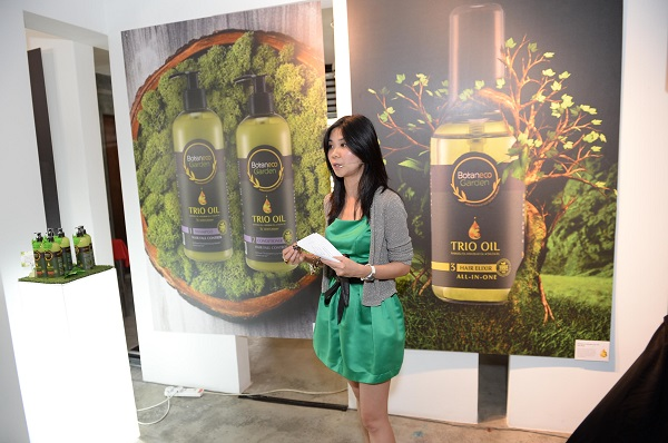 Cheryl at Botaneco Launching (Guardian)