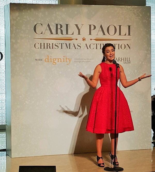 Performance by Carly Paoli - Starhill Gallery
