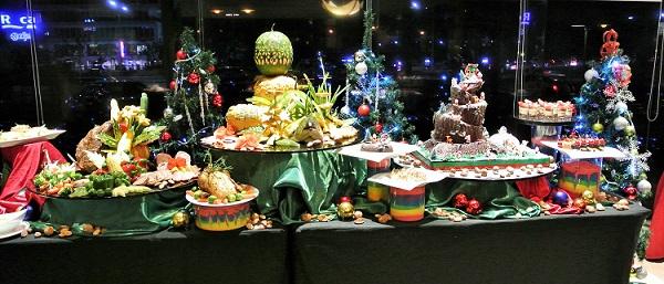 Utara Coffee House Christmas Display