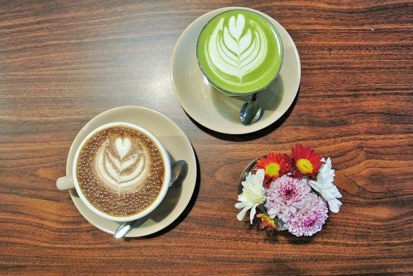 Babyccino (Chocolate) & Green Tea Latte