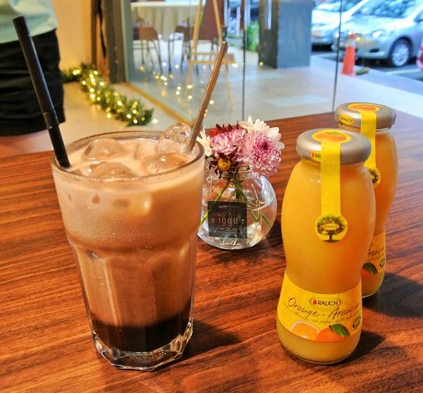 Ice Chocolate & Orange Juice - Iggo Cafe