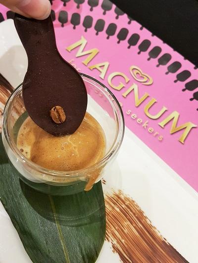 Magnum Black - Espresso Sorbet with Tanzanian Chocolate