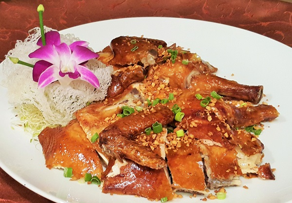 Roasted five spice chicken sprinkled with crispy garlic and spring onions - Tai Zi Heen