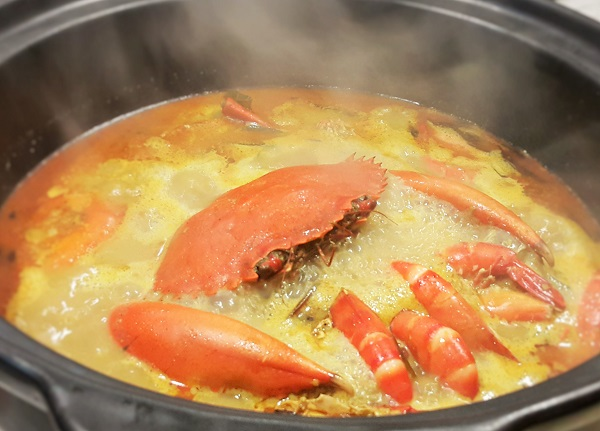 Snow Fairy Crab Hotpot - Restaurant Wong Dynasty