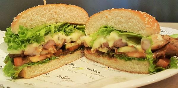 U.S. Potato Signature Chicken Burger - Card Cafe