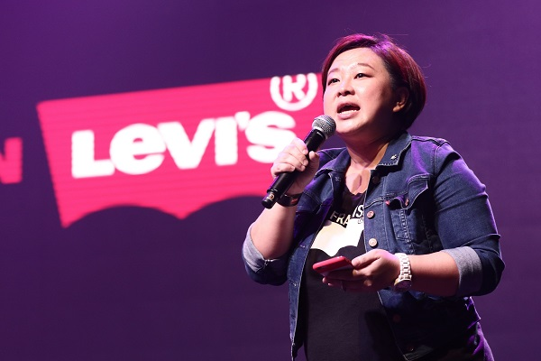 1st INTRODUCTION by Jennifer Wong, Marketing Manager of Levis Strauss Malaysia 2