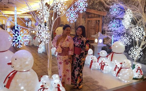 Me and Wendy having fun posing in our Yukata