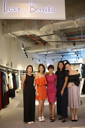 l-r-nelissa-hilman-rachel-lim-atilia-haron-zaida-ibrahim-and-viola-tan-at-the-storefront-of-love-bonitos-pop-up-store-in-paradigm-mall