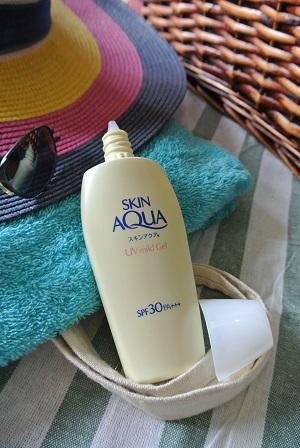 Sunscreen To Protect Our Skin Sunplay Skin Aqua Uv Mild