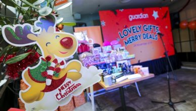 Guardian Malaysia launched Lovely Gifts, Merry Deals promotion at Bangsar Shopping Centre today (2)